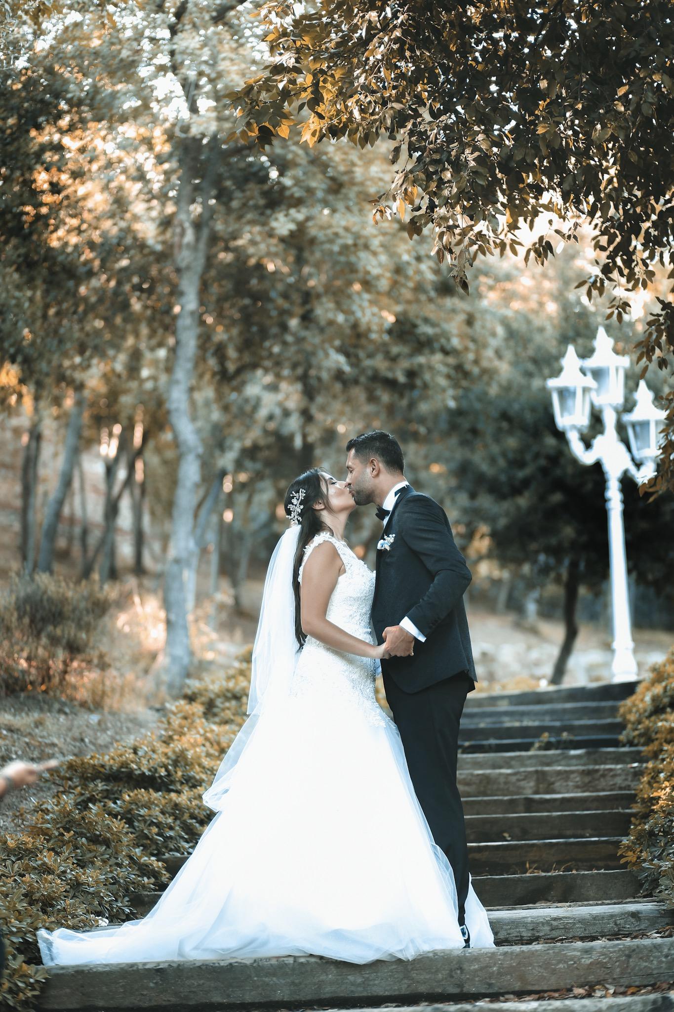 Yildiz parki düğün fotoğraf çekimi Ve düğün hikayesi. Dügün fotoğrafcisi