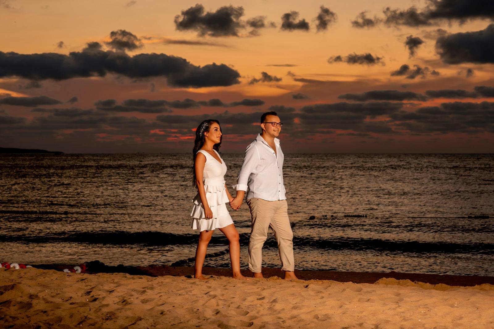 Gün batimi sahil düğün fotoğraf çekimi & seve the date düğün fotoğrafcisi